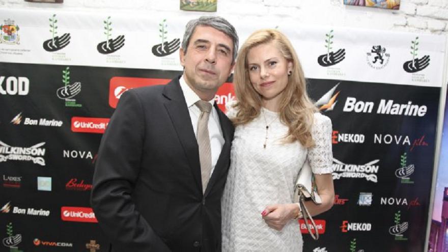 Президентът Росен Плевнелиев и годеницата му Деси Банова чакат момченце