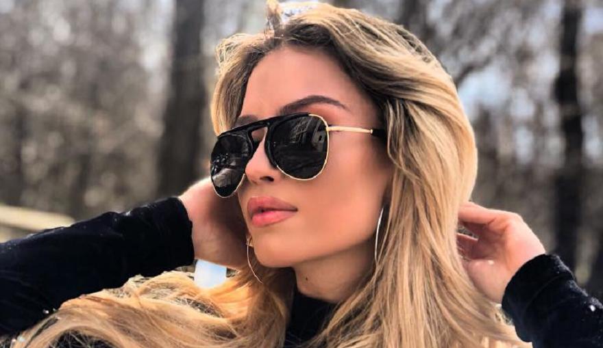 Популярната певица Тита е получавала финансова помощ от община Силистра,