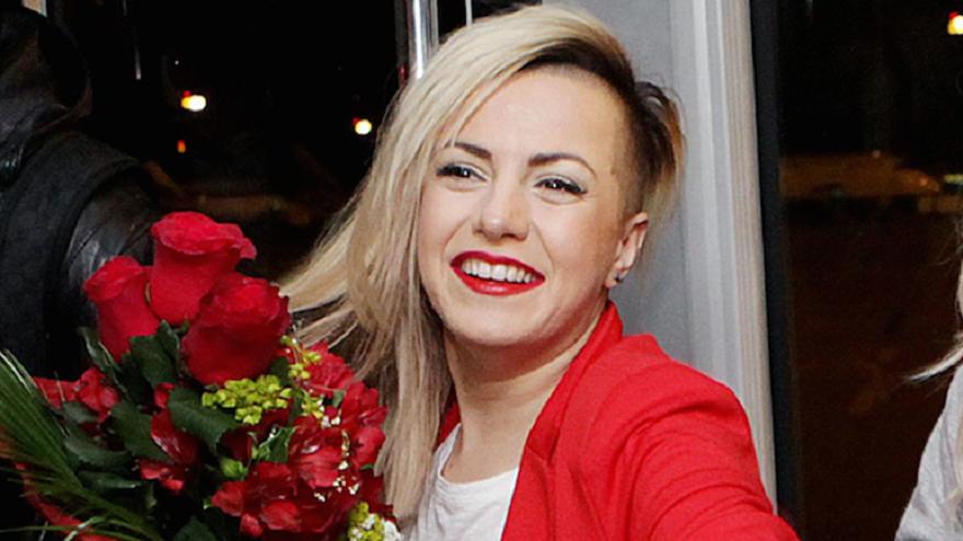 Певицата Поли Генова стана майка на момченце, съобщи БГ Радио.