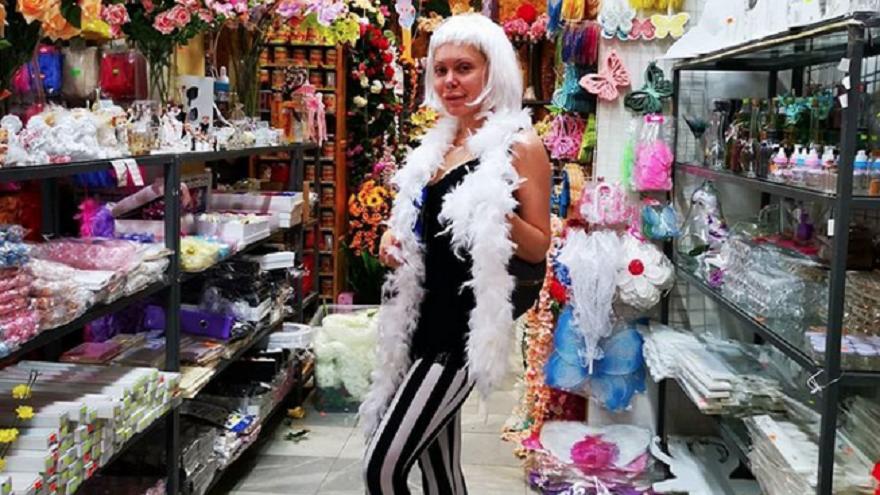 Заигравките на Албена Вулева с ориенталската мода май приключиха. Бившата