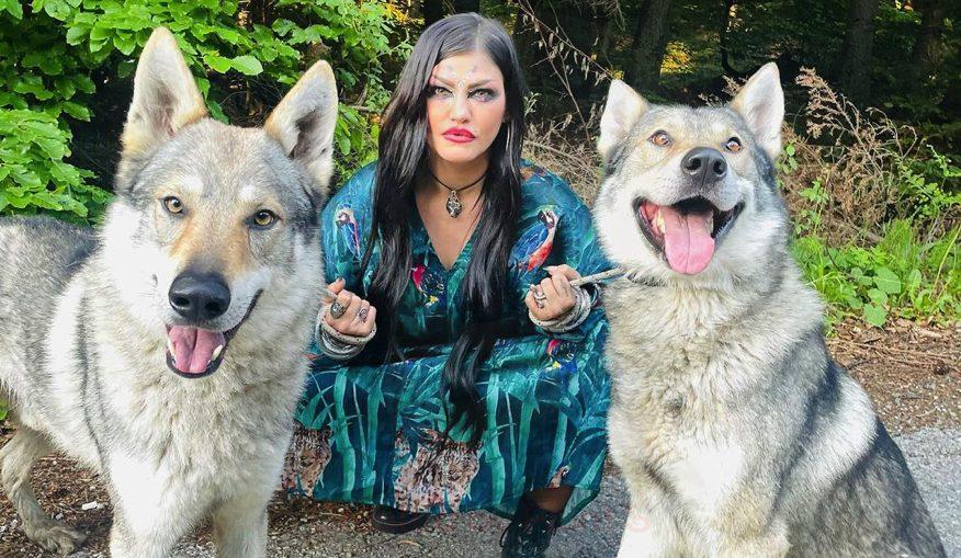 жана бергендорф jana bergendorf вълци